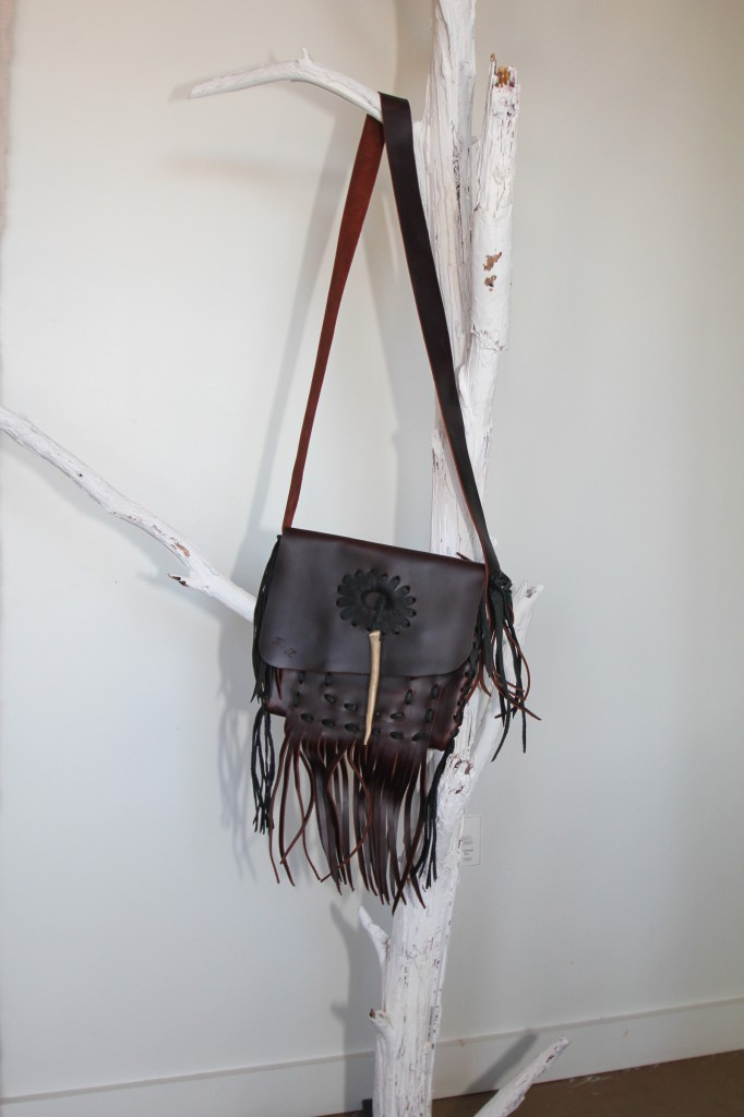 Jimmy wZ donated this amazing leather purse worth $1,000.  Jimmi wZ has worked with top designers of LA, NY and Paris for more than 20 years.  This hand crafted piece of art is not only beautiful and unique, but is a lasting classic.  Jimmiwz.com 347-423-3462